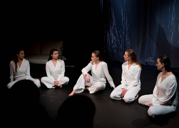 Image from the play Vaginamonologene showing three women dressed in white.